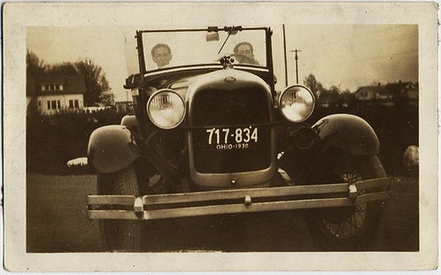 STUNNING EARLY MOTORISTS behind the WHEEL of VINTAGE CAR w OHIO PLATES DYNAMIC