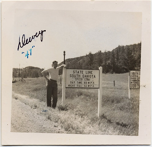 """MAN STANDS by WELCOME to SOUTH DAKOTA STATE LINE MARKER Dewey """"47"""""""