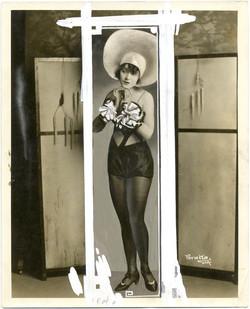 fp1225 (Dancer Una Fleming in Hat)
