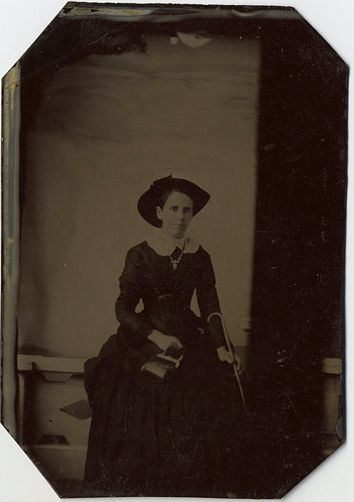 ELEGANT WOMAN in HAT w CANE & PURSE in STUDIO PORTRAIT