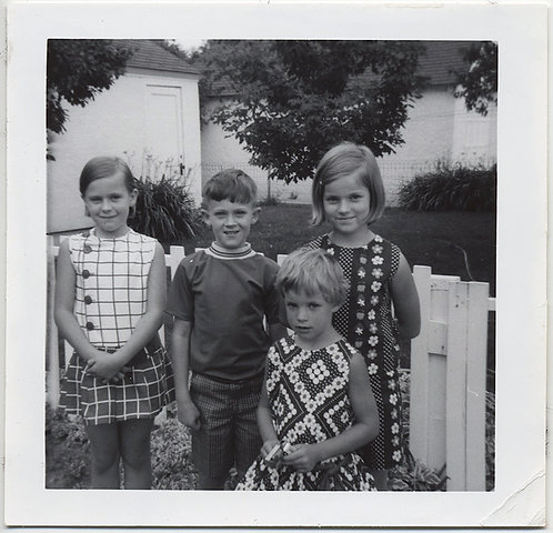GORGEOUS CUTE SUBURBAN KIDS in RIOT of PATTERNED DRESSES