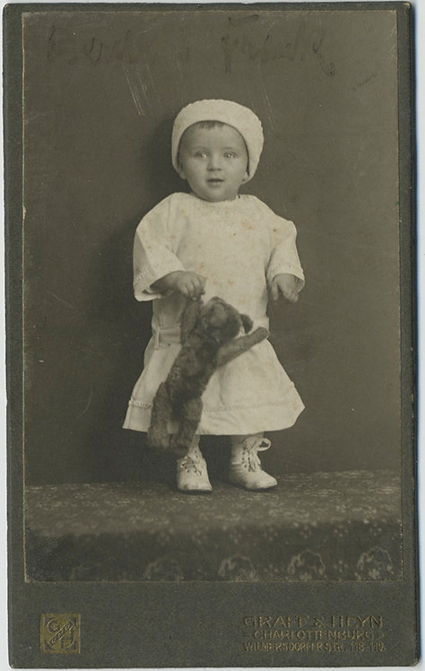 CDV of ADORABLE CHILD with (STEIF?) TEDDYBEAR
