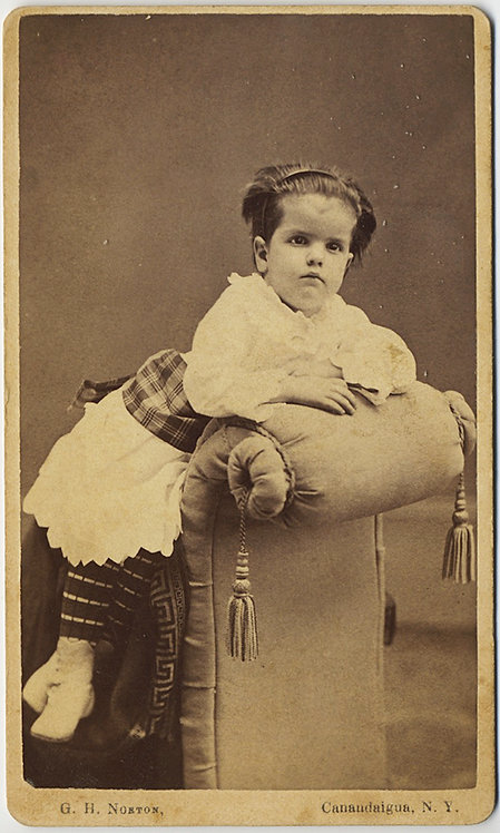 CDV GOOD PORTRAIT NOT VERY HANDSOME YOUNG CHILD JESSE ANDREWS CANANDAIGUA NY