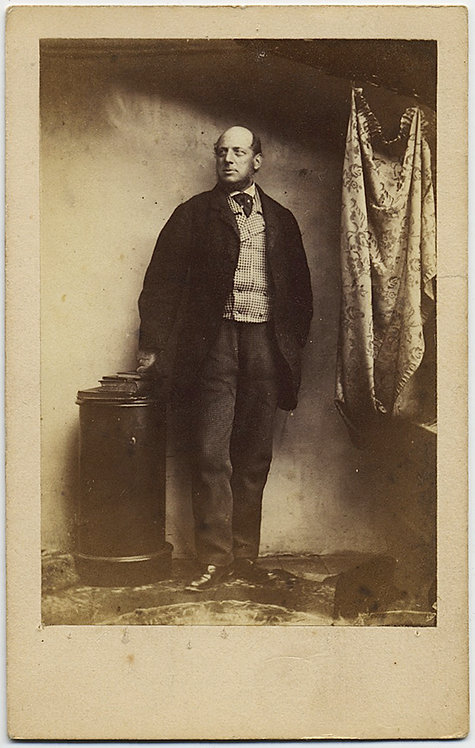 UNUSUAL CDV: DIGNIFIED MAN shot in STUDIO with CLOTH/DRAPE visible!