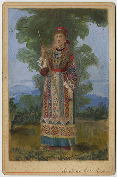 fp4038(CC_Woman_RussianFolkCostume-tinted)