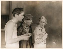fp4208(White_PF_Theatrical_Men&Woman_Undershirt_Trenchcoat)