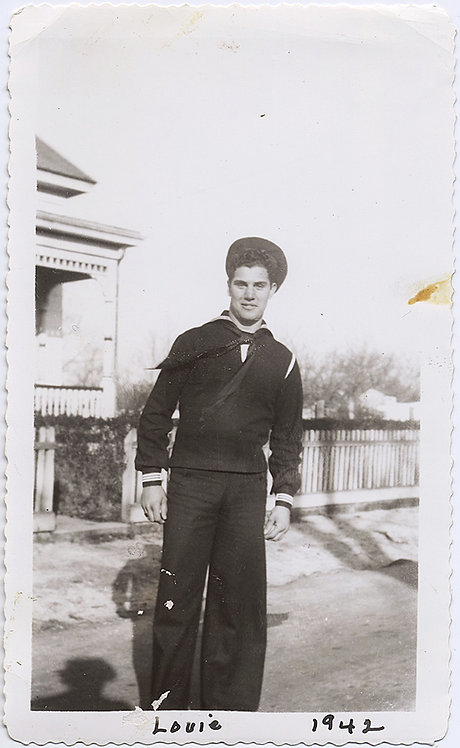 HANDSOME HUNK SEXY SAILOR LOUIE ELVIS LOOKALIKE 1942 GAY int