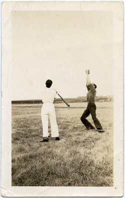 fp1936 (Baseball-Catch)
