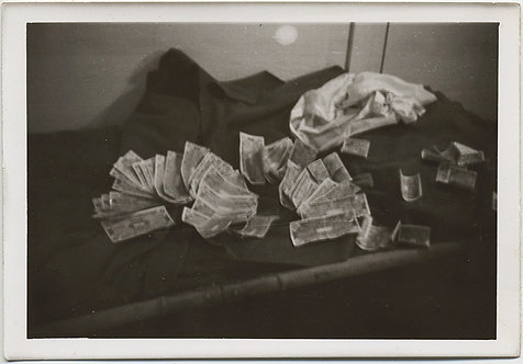 """RARE & UNUSUAL WEIMAR REPUBLIC WORTHLESS GERMAN MARKS PILED UP """"My roll"""" Berlin"""