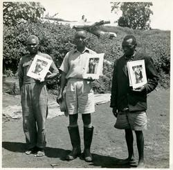 fp0686 (three men w photos)