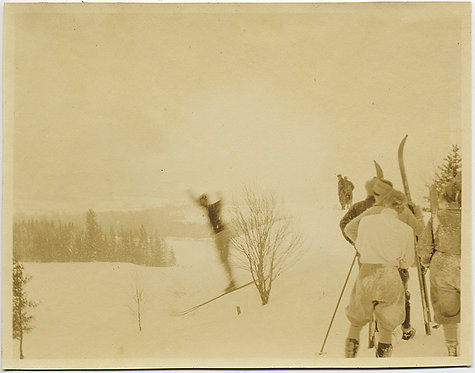 VINTAGE SKIER CAUGHT in MID-JUMP ARMS UP WAITING SKIERS w SKIs WATCH! SKIING