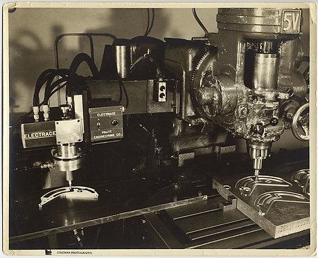 PRATT ENGINEERING ELECTRACE LATHE? INDUSTRIAL EQUIPMENT ENGRAVING MACHINING TOOL