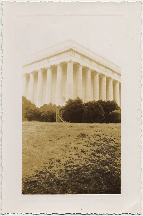 WONDERFUL GRAPHIC SLIGHTLY SOLARIZED GHOSTLY LINCOLN MEMORIAL?