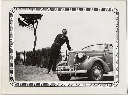GREAT COMPOSITION! MAN STANDS on FENDER of VINTAGE CAR & TREE