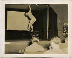 fp1272 (Tightrope Walker in Hall)