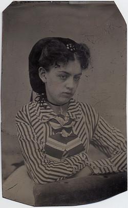 fp6930(TT_Girl_StripedShirt)