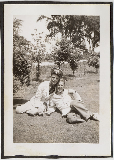 HANDSOME SEXY MEN in UNIFORM CAP in AFFECTIONATE POSE SNUGGLE on GRASS GAY INT