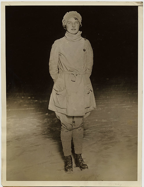 "DARTMOUTH COLLEGE's ""QUEEN of the SNOWS"" PRETTY YOUNG WOMAN Florence Rice"