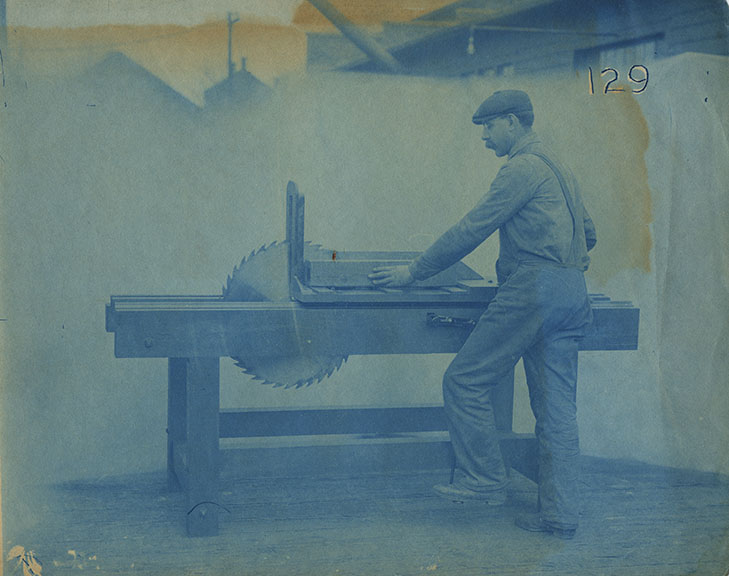 fp4355(CY_Man_TableSaw-detail)