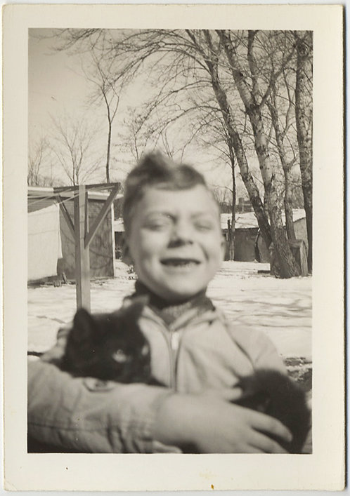 ADORABLE GAP-TOOTHED SOFT FOCUS KID CRADLES BLACK KITTY CAT in SNOWY YARD