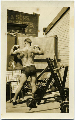 fp1931 (MuscleMan-Back