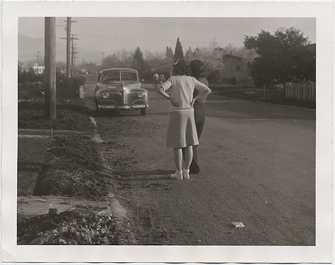 ENIGMATIC SUBURBAN NOIR WOMEN STARE into STREET DISTANCE VINTAGE CAR MYSTERY