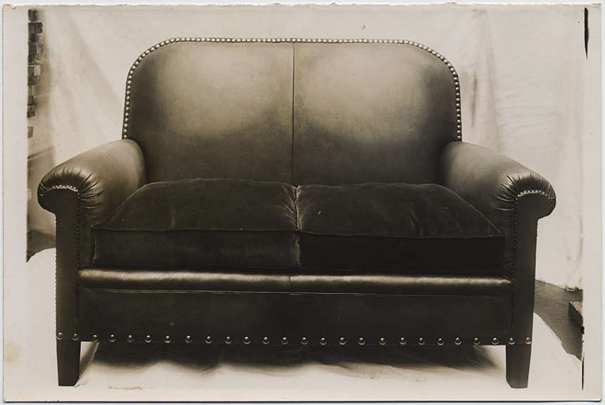 fp6096(Couch_LeatherAndPlush_FrontView)