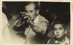 fp8817(Shooting-Range-Kid-Father)