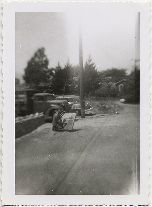 SIGN PAINTER MAN on SIDE of ROAD! IMPRESSIONISTIC SNAPSHOT!