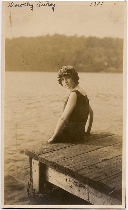 fp1775 (girl-jetty-lake)