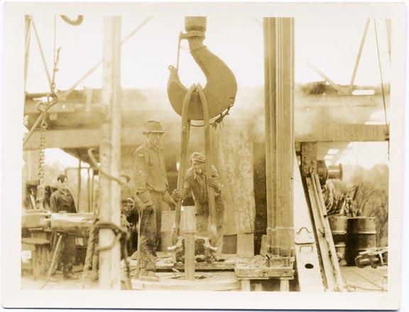 fp2106 (Industrial-Men-Hook)