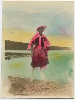 fp4017(Woman_BathingCostume_Beach-tinted)
