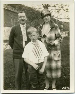 fp1814 (family-flag-boy)