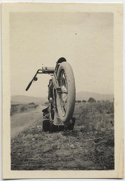 fp4445(MotorbikeTire)