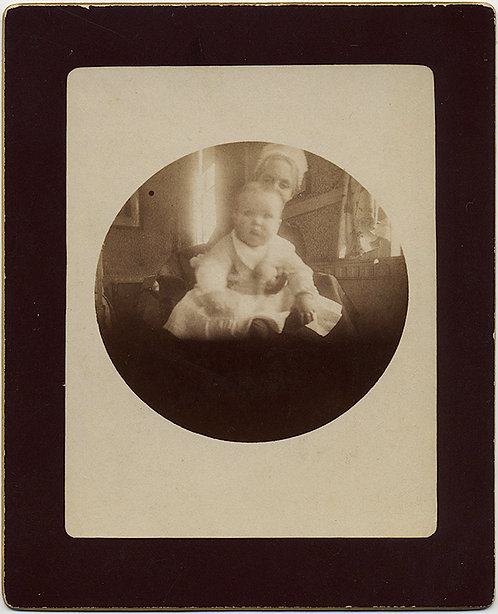 EARLY KODAK NO 1 ROUND IMAGE INFANT & DOTING NANNY GRANDMA LOVELY!
