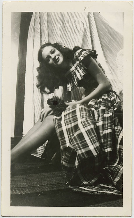 GLORIOUS BEAUTIFUL WOMAN in PLAID TARTAN DRESS
