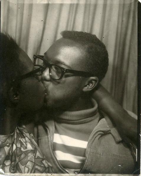 fp0460(PB_Kiss_Rosie&Frank)