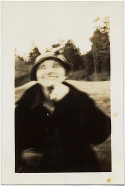 fp8738(Crazy-Blurry-Woman)