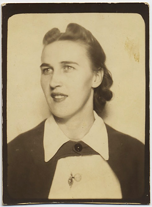 WONDERFUL PHOTOBOOTH of ELEGANT WOMAN NURSE? WAITRESS? w BIB & WHITE COLLAR