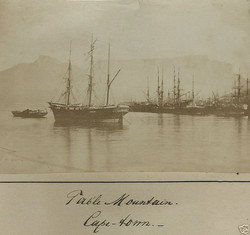 fp0296(TableMountain_Ships)