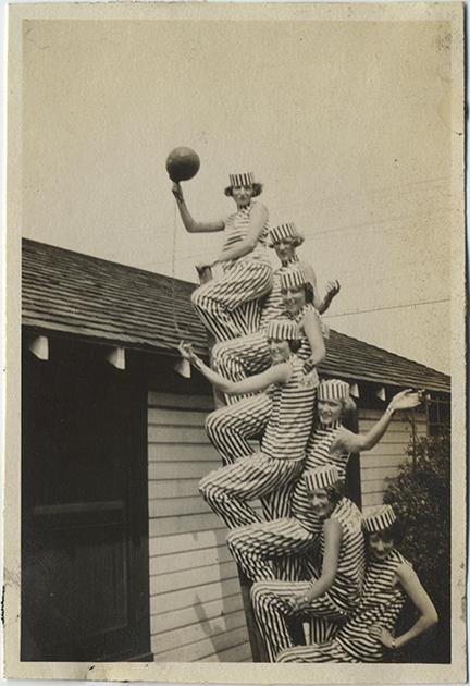 fp6444(GP_Women_Ladder_PrisonStripes_Ball&Chain)