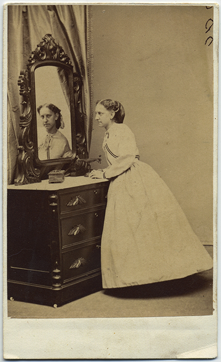 fp6010(Stanton&Butler_CDV_WomanAtBureau_Mirror_Reflection)