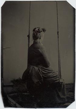 fp5514(TT_Woman_Swing_Back)