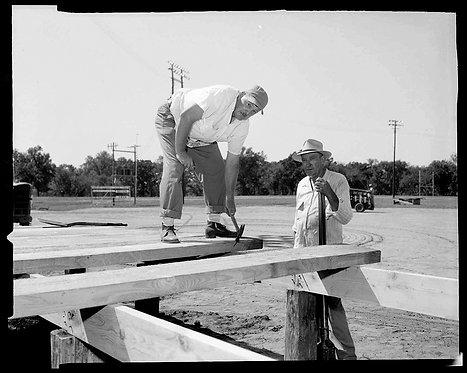 4x5 NEGATIVE PRESS PHOTO MEN BUILD WOODEN PLATFORM for RALLY STAGE