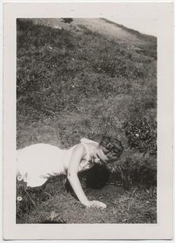 fp4837(Woman_Crawling_Hillside)