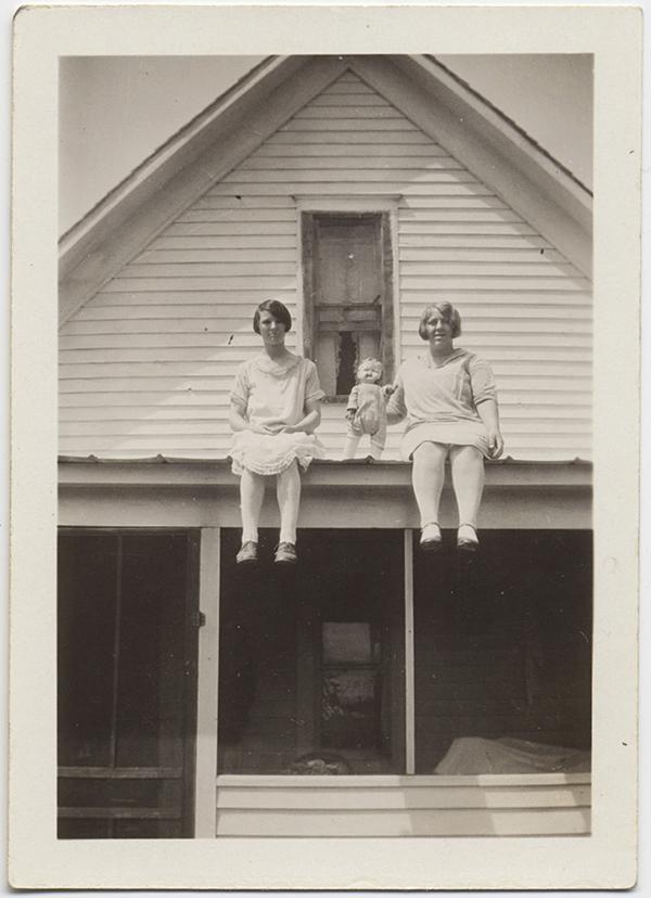 fp10265(Women-Doll-Roof)