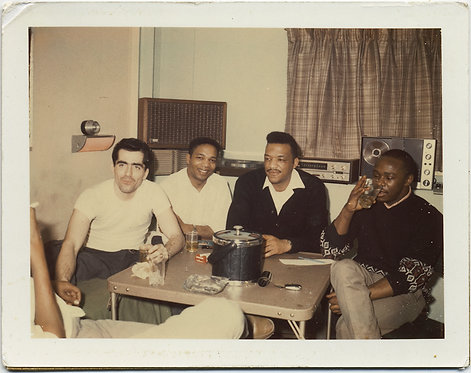 POLAROID COOL JAZZ? MUSICIANS? CHILL DRINK w AUDIO EQUIPMENT GREAT CAPTION