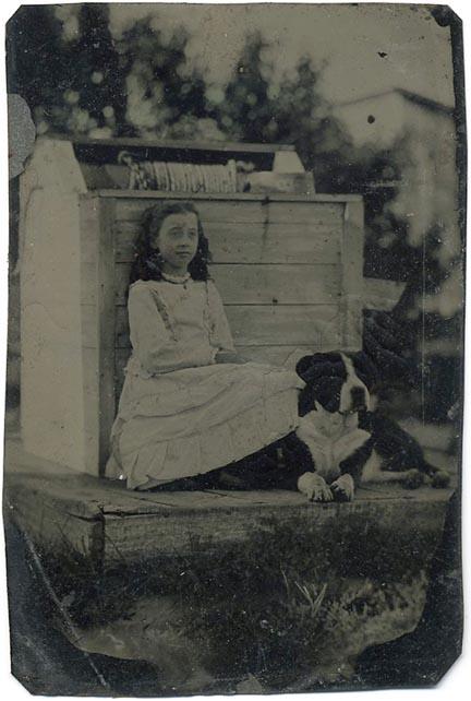 fp1725 (girl-dog-well)