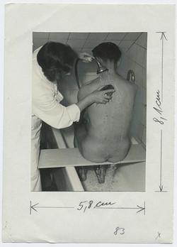 fp3815(NurseBathingMalePatient)