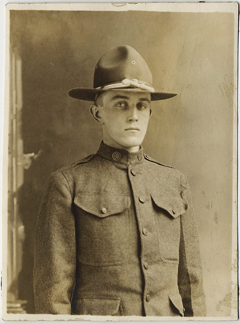 SERIOUS FORMAL BUTTONED UP US NATIONAL ARMY INFANTRY SOLDIER 1917